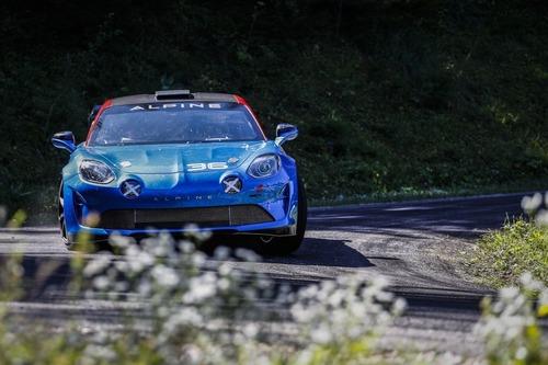 Alpine A110 Rally, 300 CV per correre come ai vecchi tempi (2)