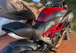 Ducati Diavel Carbon (2010 - 13) usata