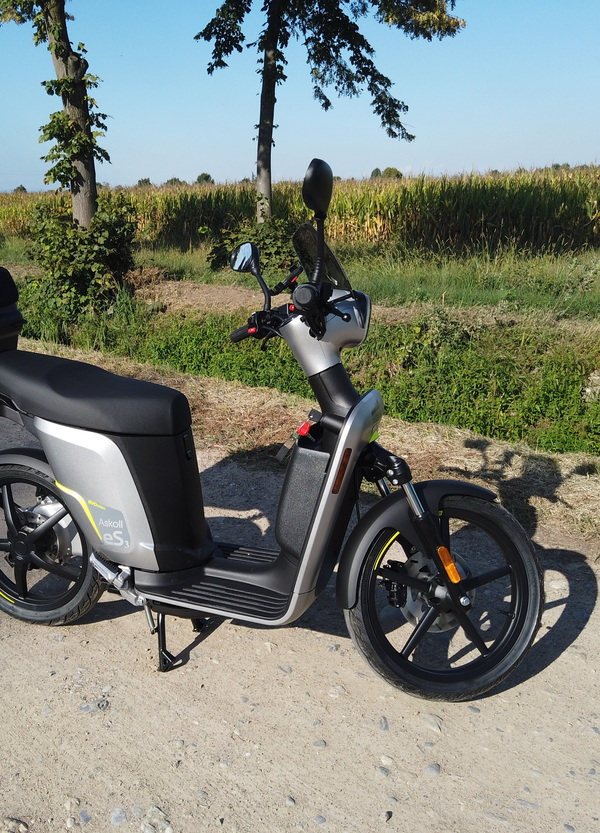 Askoll presenta i nuovi scooter elettrici eS2 ed eS3 EVOlution