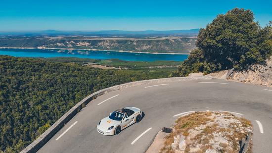 Black Chili Driving Experience 2019 su Route Napoléon e Grand Canyon - Porsche 718