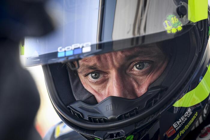 Moto: Giappone, pole di Marquez davanti a Morbidelli