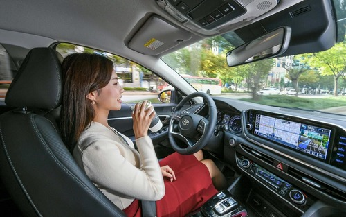 Hyundai: nel cruise control c'è l'intelligenza artificiale (2)