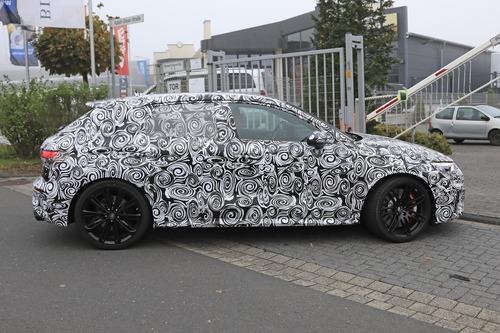 Audi RS3 2020, le foto spia (8)