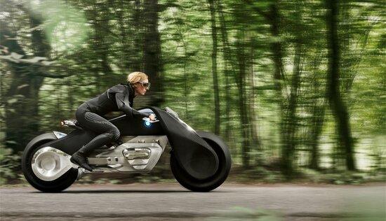 BMW Vision Next 100: Tron Light Cycle o Batpod?