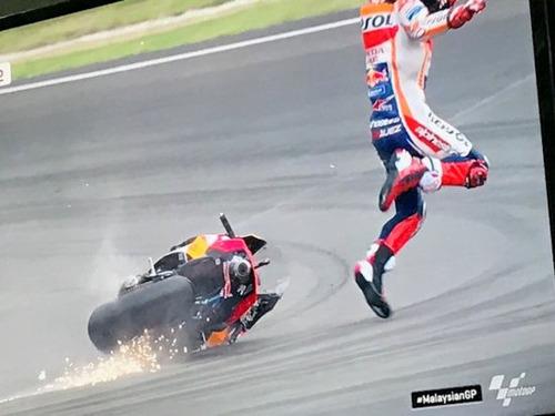 MotoGP 2019. Marc Marquez: Non volevo dare fastidio a Quartararo (9)