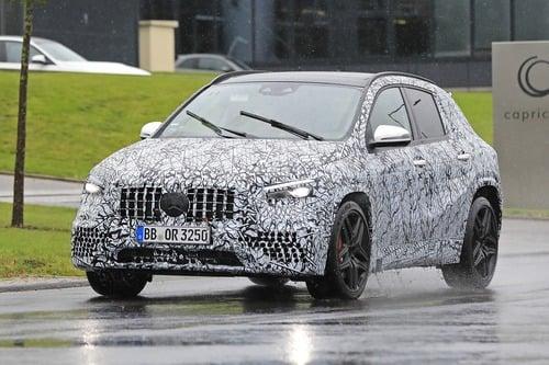 Mercedes-AMG GLA 45, le foto spia (2)
