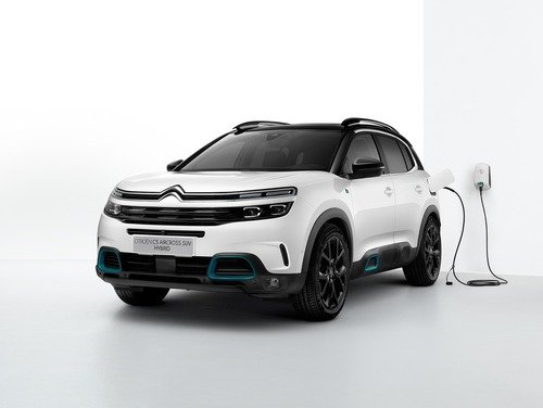 Citroen C5 Aircross, ora è anche ibrida plug-in