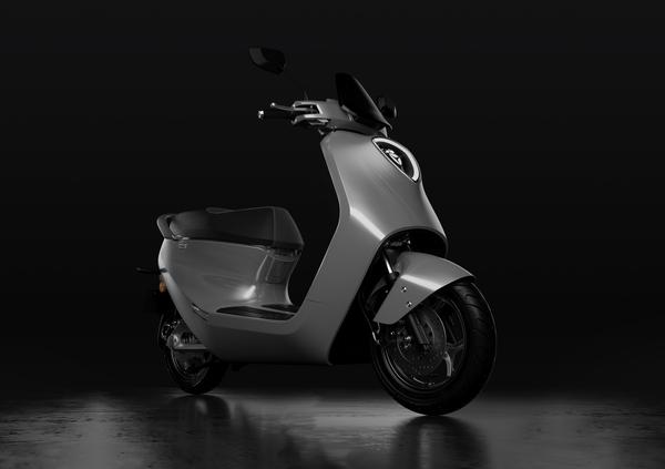 Yadea C1S a EICMA 2019. Foto e dati dello scooter elettrico