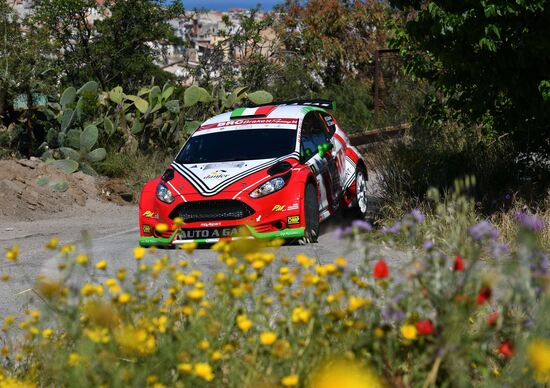 Targa Florio 100. Mezza Targa è di Basso e Granai (BRC Fiesta)