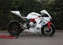 MV Agusta F3, pronto il debutto in gara