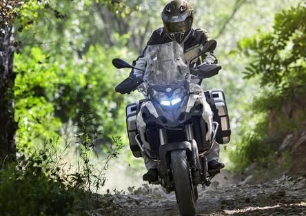 Mercato moto e scooter in ripresa a giugno: vendite a +37% (moto +55%). Le Top 100