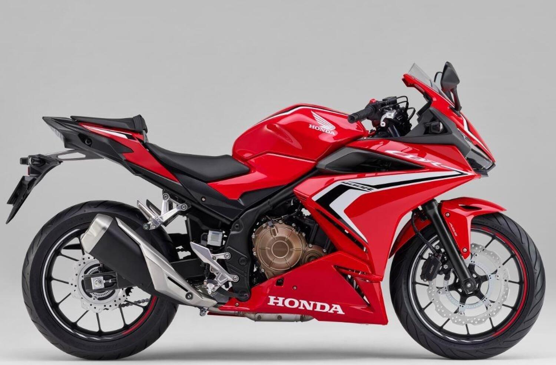 Honda CBR400R. Il 31 luglio in Giappone