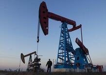 Corre il petrolio: supera i 50$ al barile