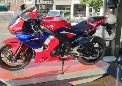 Honda CBR 1000 RR-R Fireblade (2020 - 21) - Annuncio 8106804