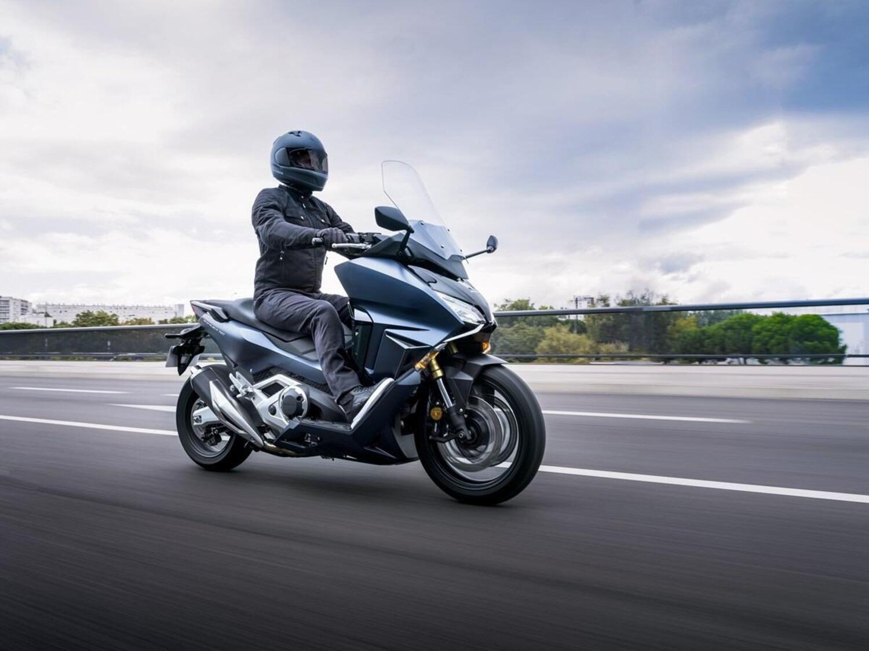 Honda Forza 750: il nuovo maxi GT m.y. 2021
