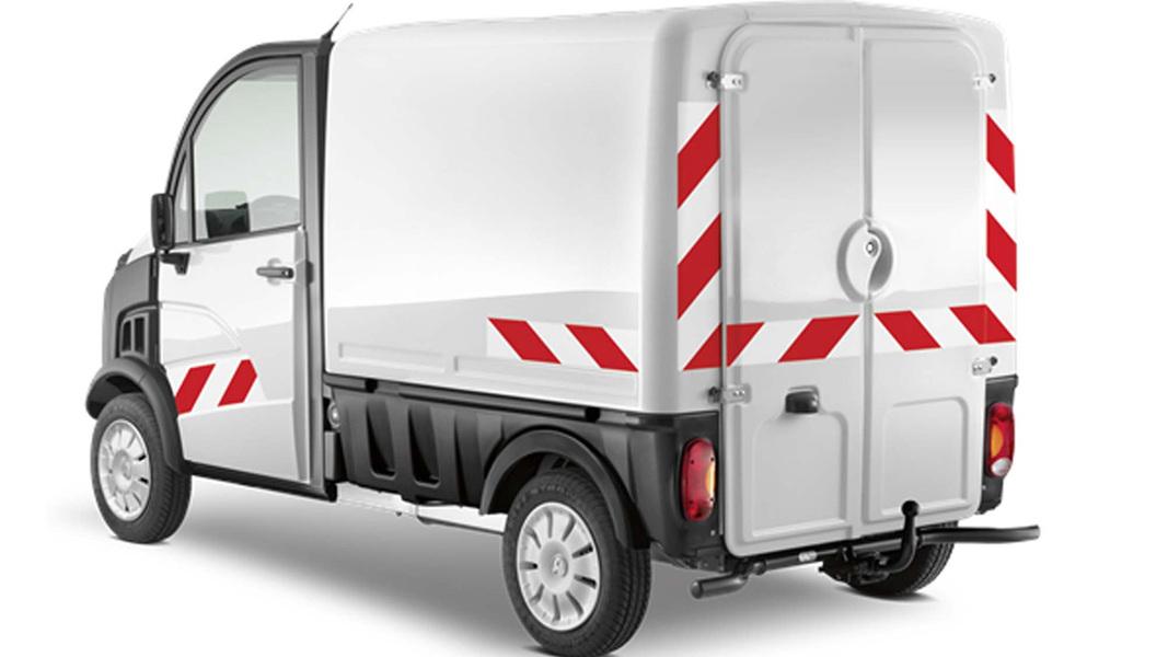 aixam d truck 400 furgone catalogo e listino prezzi. Black Bedroom Furniture Sets. Home Design Ideas