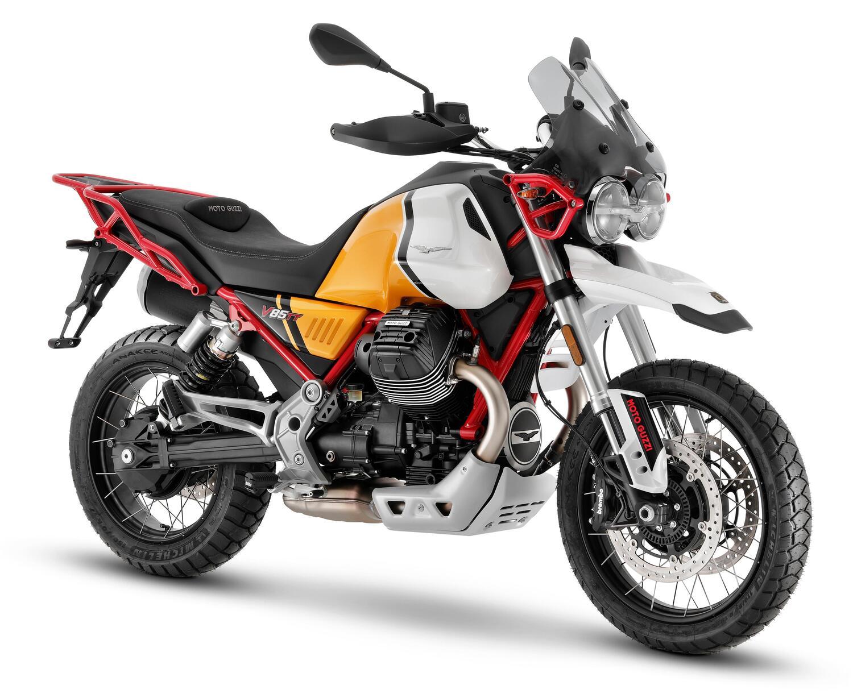 Moto Guzzi V85TT, 2021 porta nuovi riding mode e colori