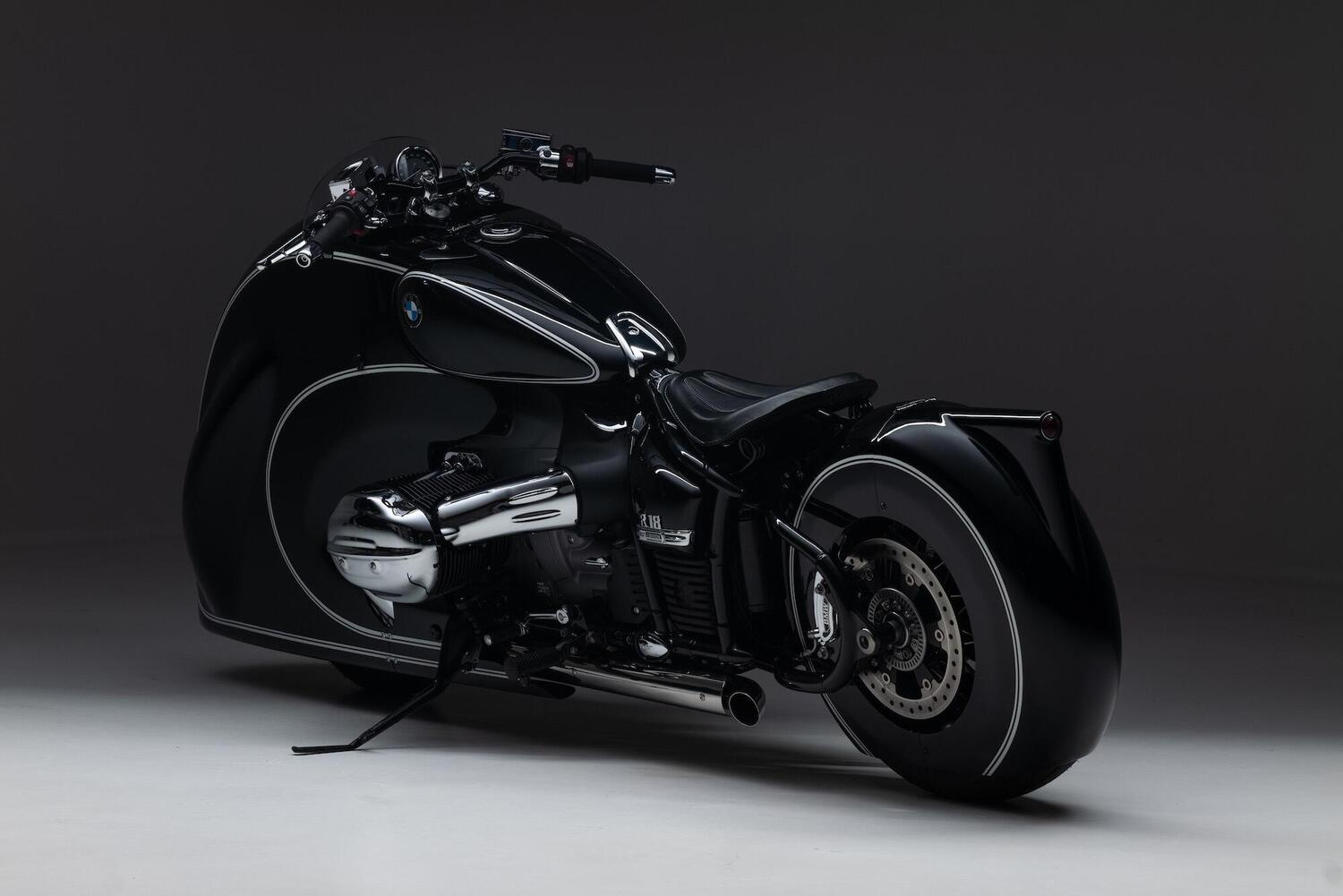 BMW R18 Spirit of Passion by Kingston Customs