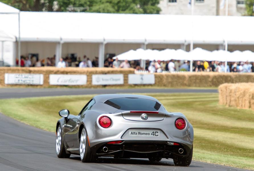 Alfa Romeo 4C (2013->>) (2)