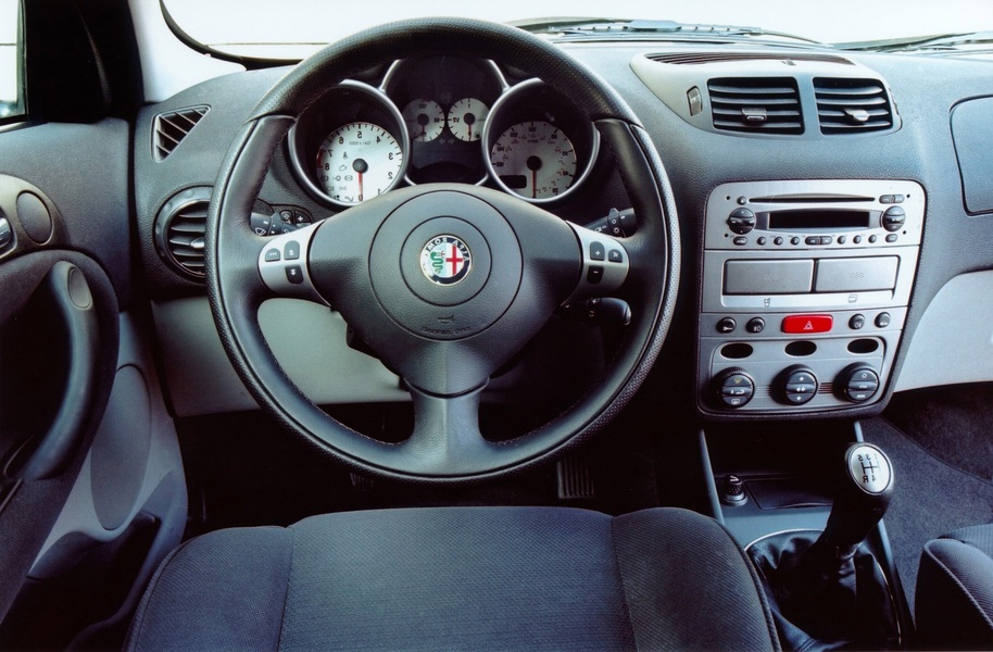 Alfa Romeo 147 1.9 JTD (100 CV) cat 5p. Impression (4)