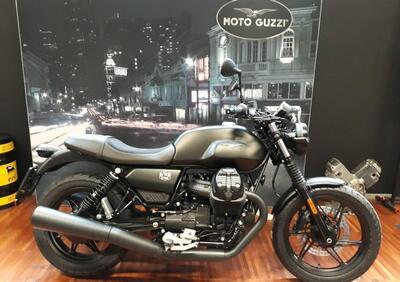Moto Guzzi V7 Stone (2021) - Annuncio 8283336