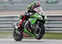 Superbike. Sykes è il più veloce nelle prove sotto la pioggia di Assen