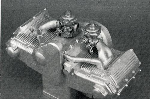 Motore a quattro cilindri a V di 168°. monoalbero con raffreddamento ad acqua. 1972-73