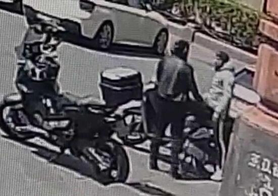 Catania, they steal a motorcycle in five seconds [VIDEO]
