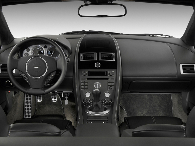 Aston Martin V8 Vantage (2005->>) (4)