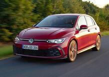 """Indietro nel tempo con una Volkswagen Golf GTI, Nuova e ancora con il cambio """"a mano"""" [Clubsport 45]"""