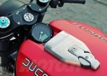 JvB Moto Ducati Monster 1100 Flat Red II