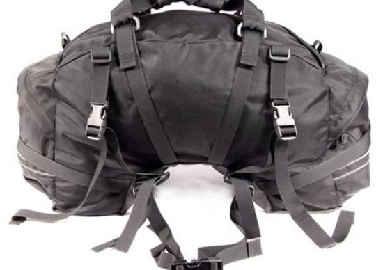 Mini Beta Plus: il borsone che sta a cavallo della sella