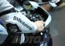 EICMA 2013: Dainese e BMW presentano la tuta DoubleR RaceAir