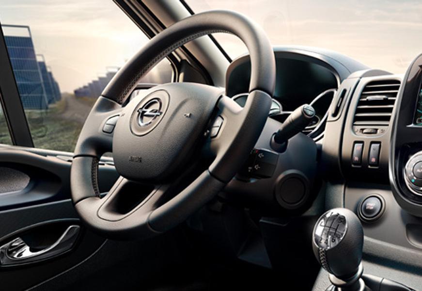 Opel Vivaro Furgone (5)