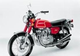 La CB 350 Four del 1972 era una moto di impostazione decisamente turistica, molto facile da guidare, ma poco brillante