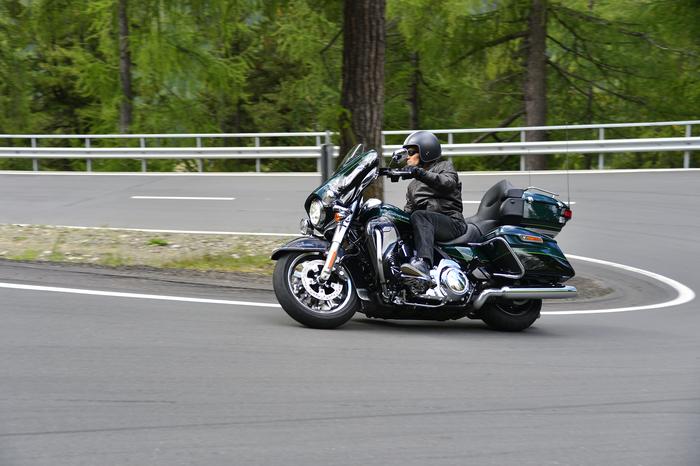 Le Harley Touring si guidano bene nonostante masse rilevanti