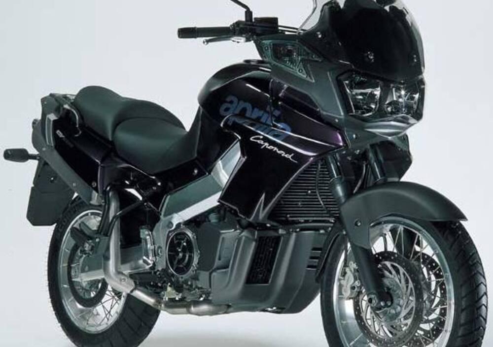 d93bc8d6a3a Aprilia ETV 1000 Caponord (2001 - 04), prezzo e scheda tecnica - Moto.it