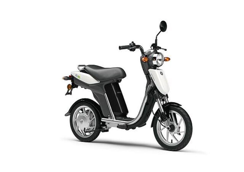 Yamaha EC-03 (2011- 17) (4)
