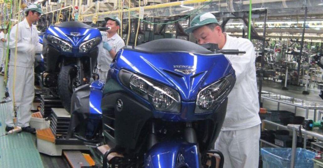 Honda festeggia il record di 300 milioni di moto prodotte