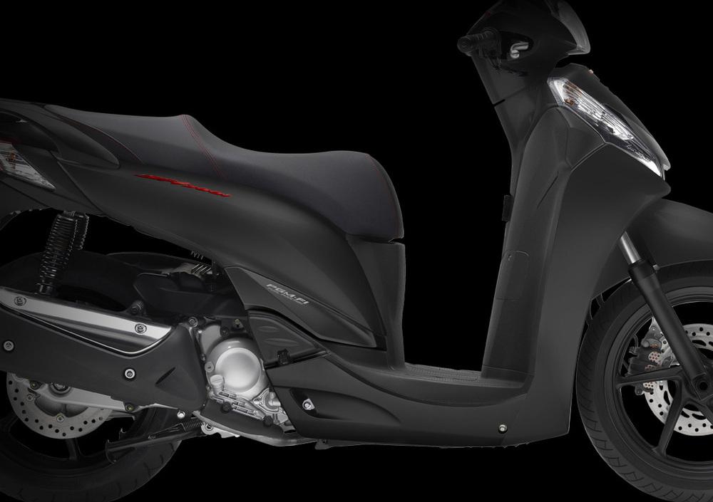 Honda SH 300 i ABS (2013 - 14) (3)