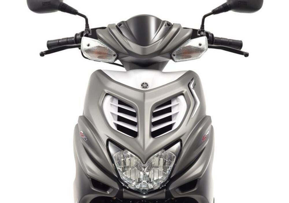 Yamaha Aerox 4 (2014 - 17) (2)