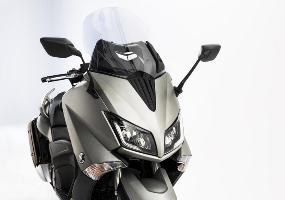 Yamaha T-Max 530 (2015 - 16) (4)