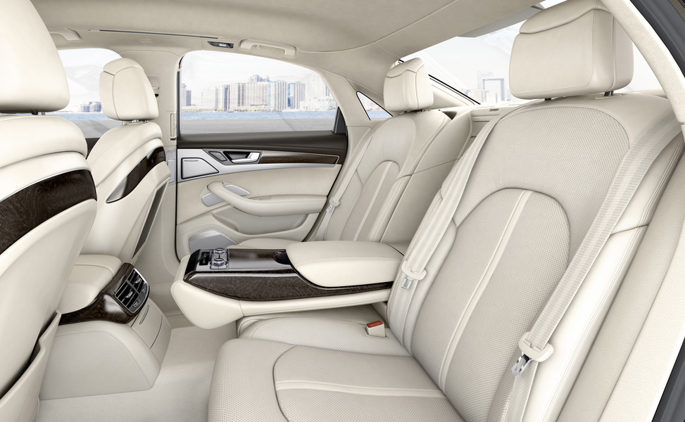 Audi A8 (2009->>) (5)