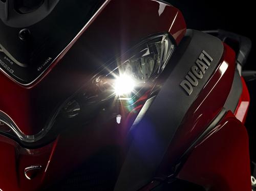 Il faro Full LED della Ducati Multistrada 1200S
