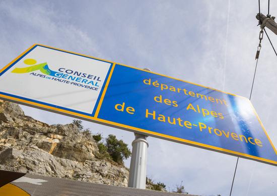 Eccesso di velocità: confisca della moto e ritiro patente a 4 italiani in Francia