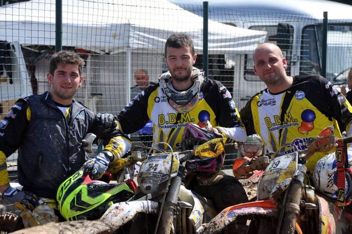 Daniele Consonni (al centro nella foto)