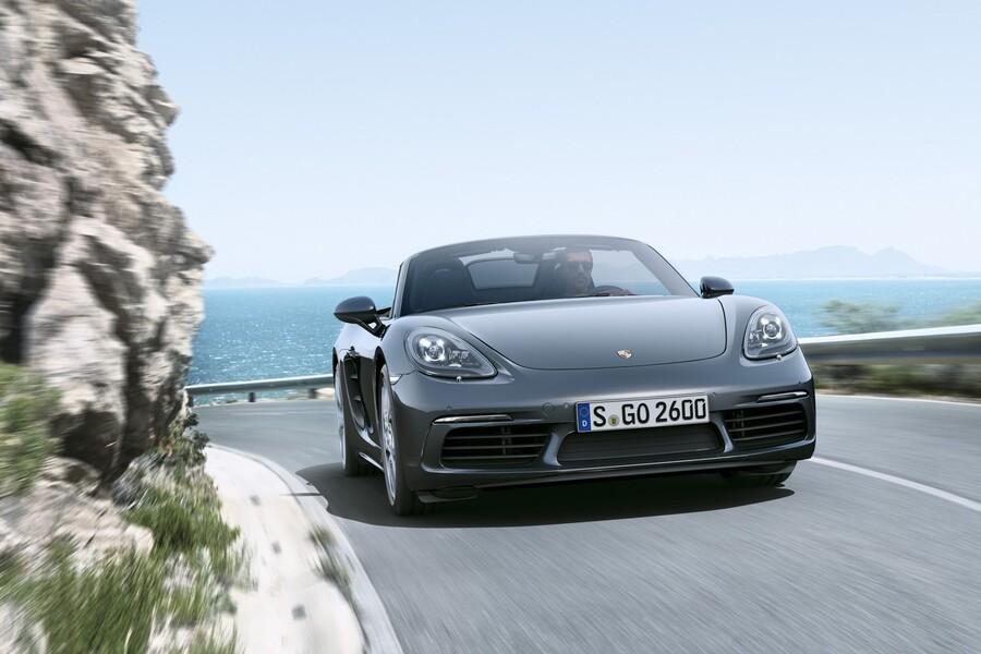 Porsche 718 Cabrio (3)