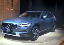 Nuova Volvo V90 Cross Country 2017: scopri tutti i dettagli LIVE!