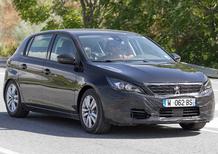 Peugeot 308 restyling: il muletto su strada