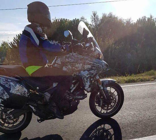 Ducati Multistrada 939: foto spia!